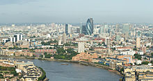 Londra è il principale centro finanziario d'Europa, e il terzo del mondo dopo New York e Tokyo.[1]