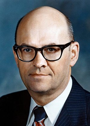 United States Secretary of Transportation - Image: Claude S. Brinegar official photo (cropped)
