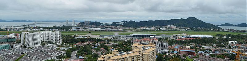 Cmglee Penang airport and second bridge.jpg
