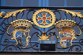 Coats of arms, balcony of Capitole of Toulouse 09.JPG