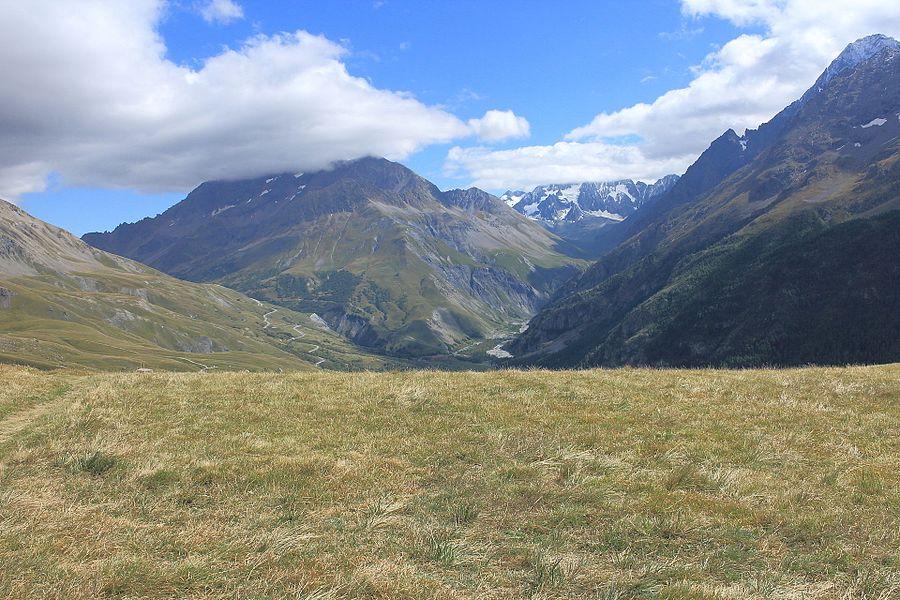Col de l'Aiguillon (2059m) View Hautes-Alpes.