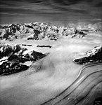 Columbia Glacier, Upper Valley Glacier, August 24, 1964 (GLACIERS 1056).jpg