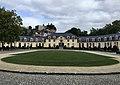 Cour d'honneur est palais abbatial de l'Abbaye de la Cambre.jpg