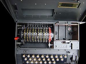 NEMA (machine) - Image: Cover open 1000