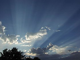 Crepuscular rays.jpg
