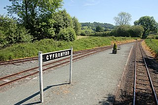 Cyfronydd railway station railway station 5.7 miles from Welshpools Raven Square station