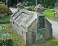 DD-Kath-Friedhof-Grab-Hottenroth.jpg