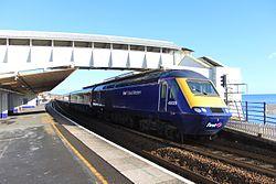 Dawlish - FGW 43029 down train.jpg