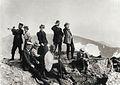 De första turisterna på toppen av Storsylen. Fjällandskap - Nordiska Museet - NMA.0000024.jpg
