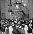 Dean-Olle-Herrlin-preach-in-the-packed-Cathedral-352117687615.jpg