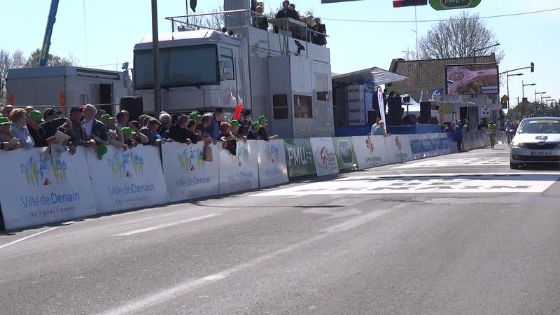 File:Denain - Grand Prix de Denain, le 17 avril 2014 (A409F).ogv