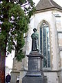 Denkmal Huldrych Zwinglis in Zürich vor der Wasserkirche.jpg