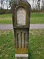 Denkmal für Heinrich Hannecker Reitunfall 1909.jpg