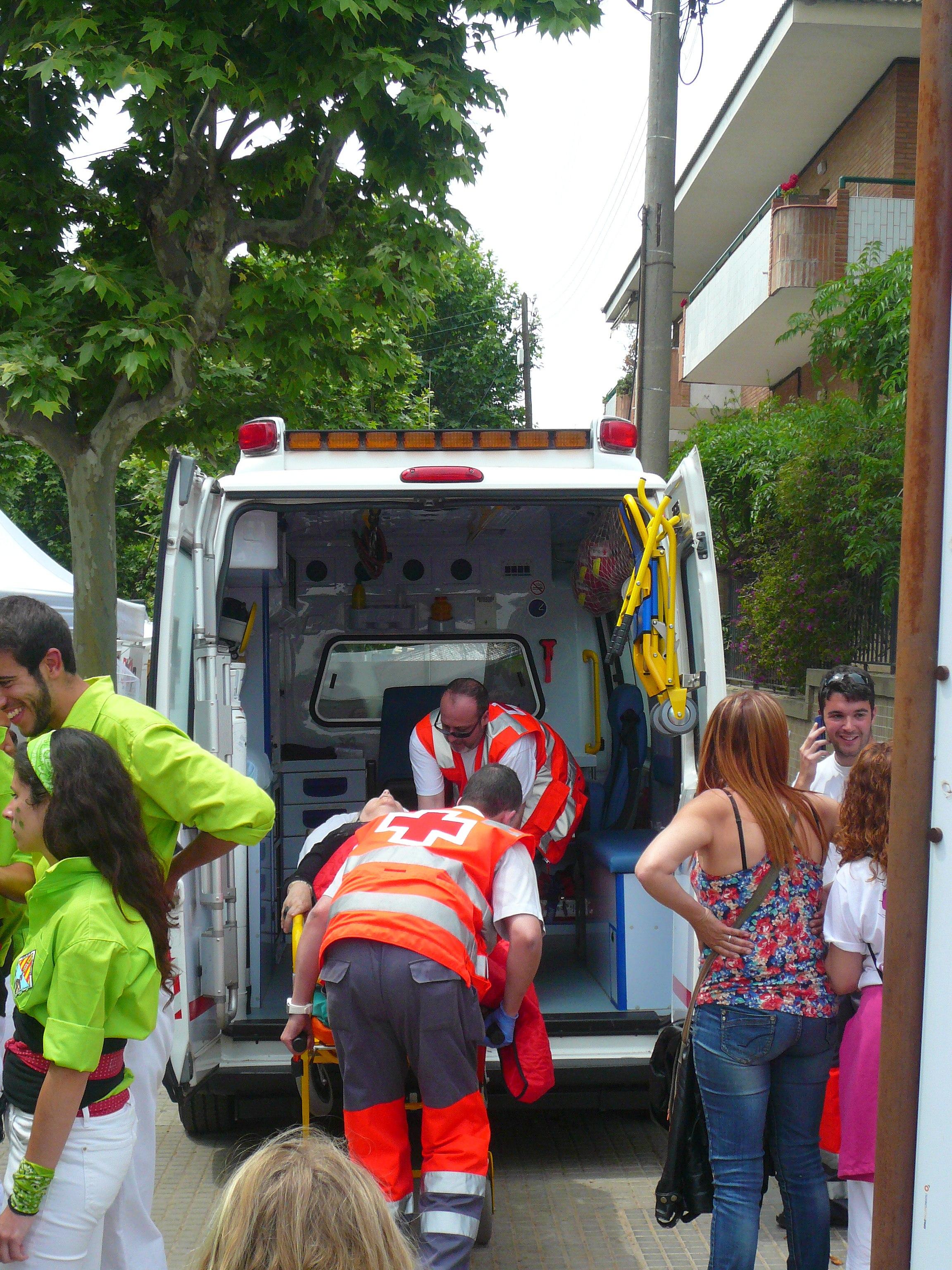 File diada castellera festes de primavera 2014 a sant - Casas sant feliu de llobregat ...