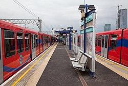 Docklands Light Railway 10, 30 (7552145494).jpg