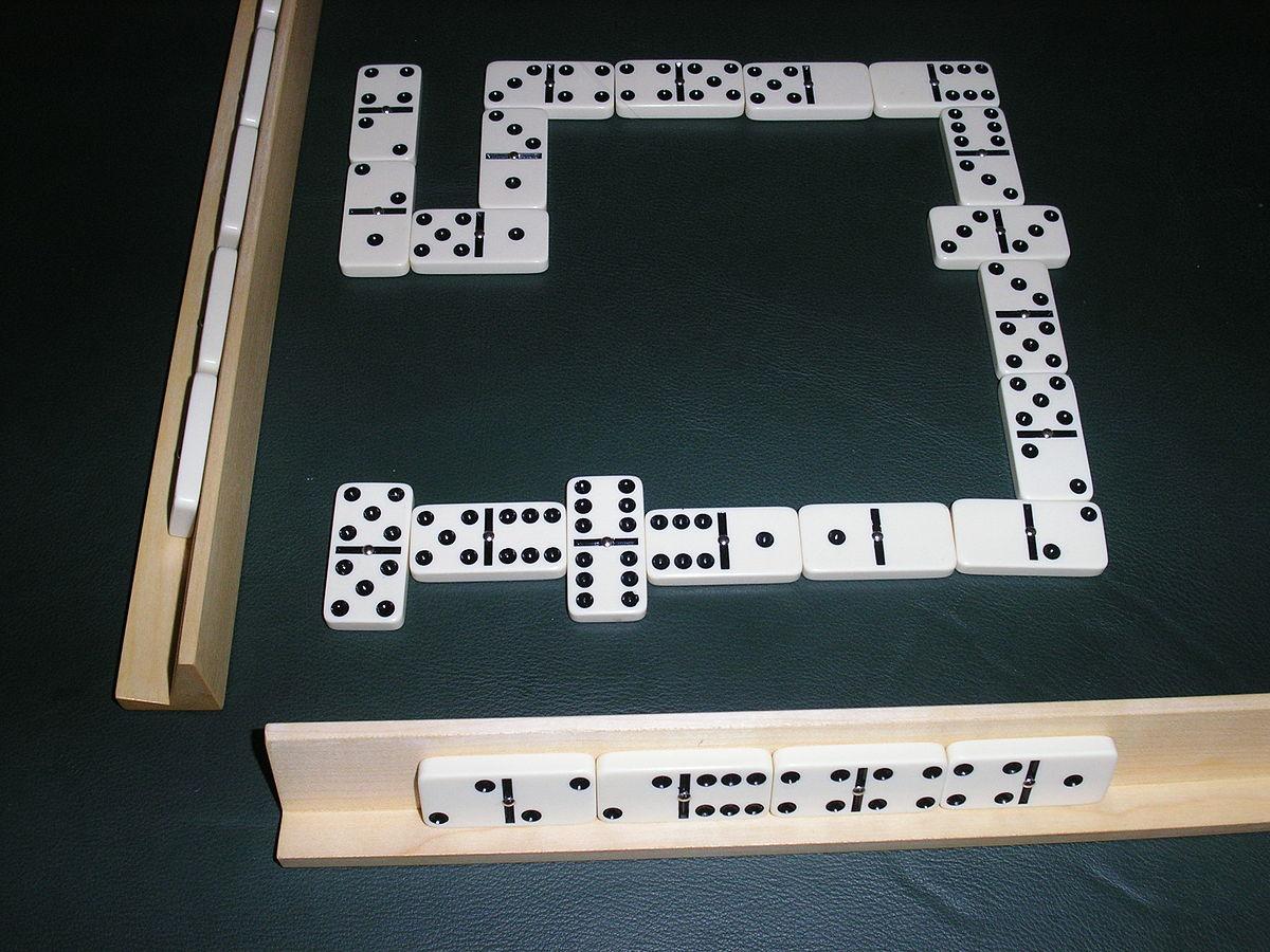 Domino gioco wikipedia - Domino gioco da tavolo ...