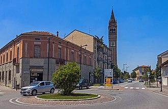 Trezzo sull'Adda - Piazza Nazionale and Chiesa Santi Gervasio e Protasio