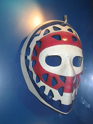 English: Ken Dryden goalie mask, Hockey Hall-o...
