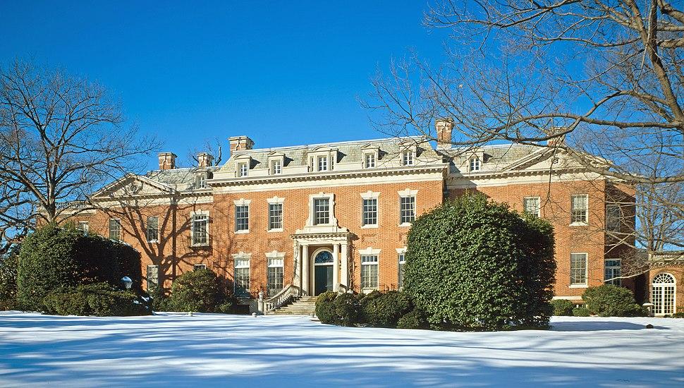 Dumbarton Oaks - house photo with snow