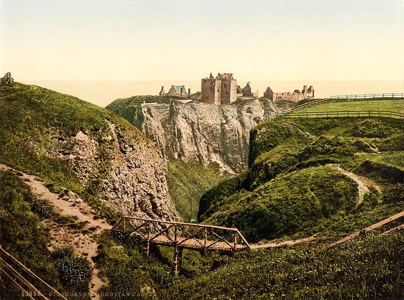 File:Dunottar Castle, Stonehaven, Scotland, 1890s.jpg