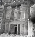 ETH-BIB-Felsgrab Khazne al-Firaun, Petra-Abessinienflug 1934-LBS MH02-22-0074.tif