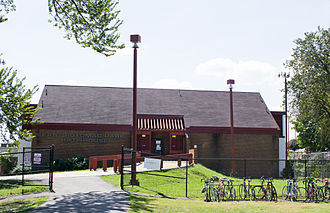 East Potomac Park - East Potomac Pool bath house, constructed from 1976 to 1977.