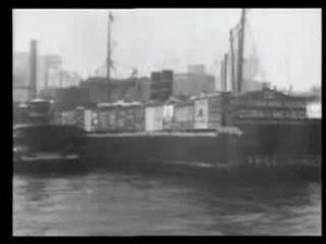 File: Eastriverandbrooklynbridge1903-snd.ogv