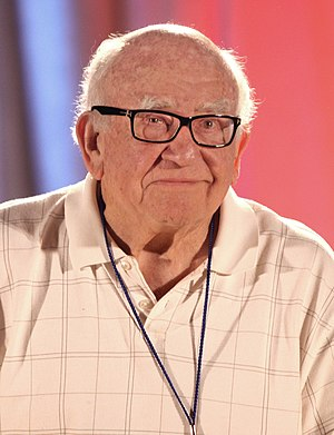 Ed Asner - Asner at the 2012 Phoenix Comicon