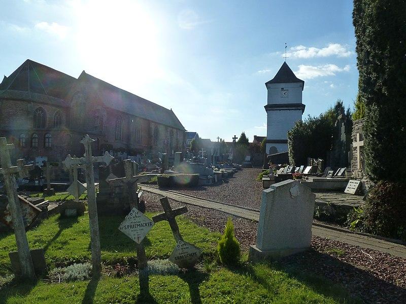 Eecke l' Eglise Saint-Wulmar et son Klockhuis