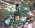 Ehrengrab Thuner Platz 2-4 (Lichtf) Georg Schumann.jpg