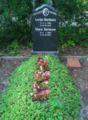 Eiserner Gustav-Wannsee-Mutter Erde fec.jpg