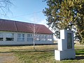 Elementary school Orolik.jpg