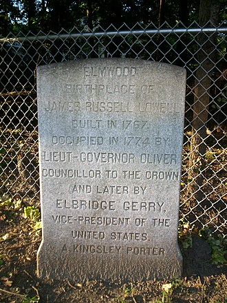 Elmwood (Cambridge, Massachusetts) - This marker near Mount Auburn Street summarizes the history of the home