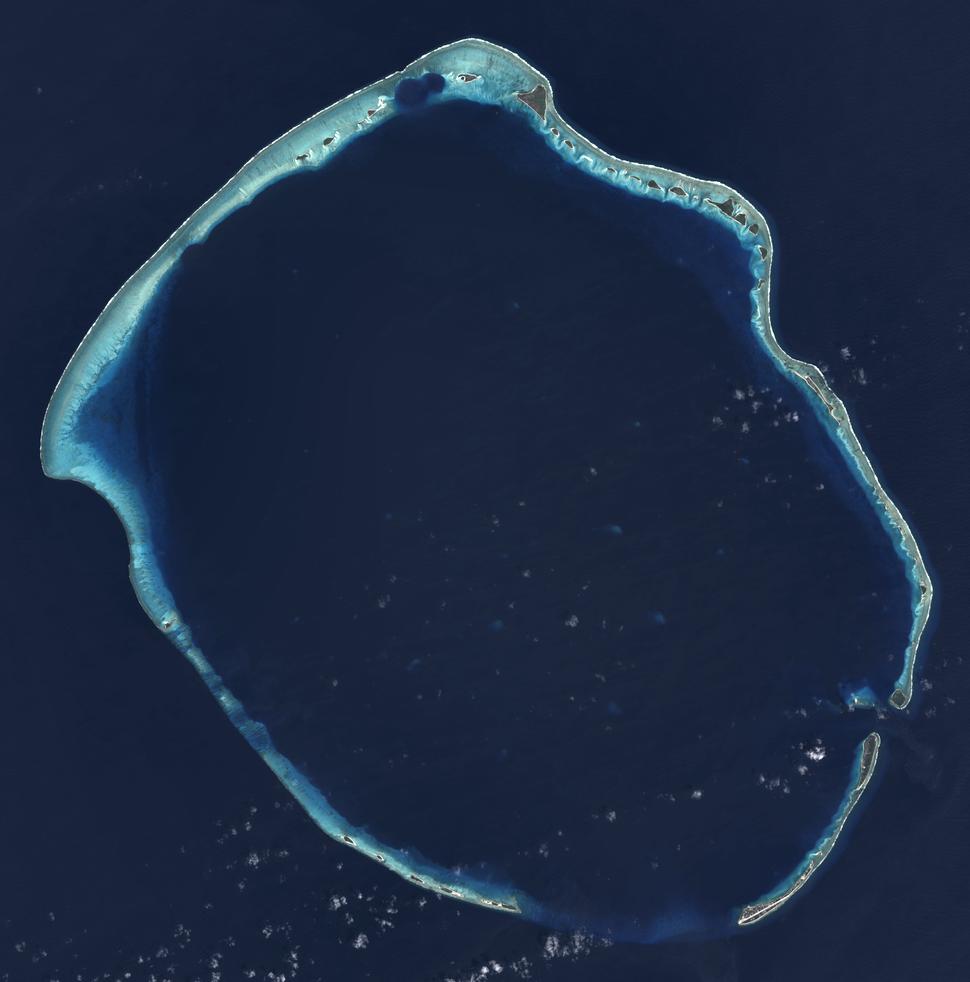 Enewetak Atoll - 2014-02-10 - Landsat 8 - 15m