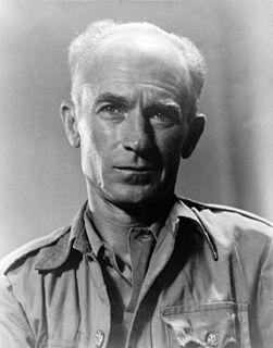 Ernie Pyle American war correspondent and writer