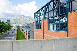 Estacion Madera Metro De Medellin Wikipedia La Enciclopedia Libre