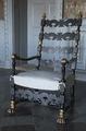 Fåtölj målad med svart lackfärg, 1800-tal - Skoklosters slott - 103992.tif