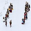 FIL 2012 - Arrivée de la grande parade des nations celtes - Grupo de baile San Felix.jpg