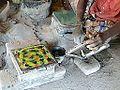 Fabrication des carreaux de Chettinad (Inde) (14115645225).jpg