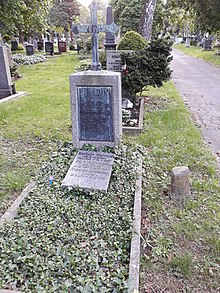 Familiengrab Carl Grüneisen, Pragfriedhof Stuttgart (Quelle: Wikimedia)