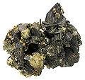 Ferberite-Pyrite-244500.jpg