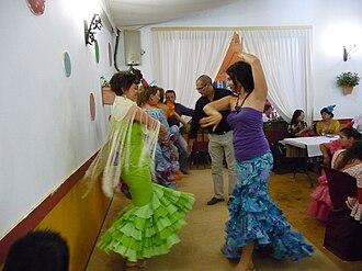 Sevillanas - Dancing sevillanas