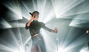 FKA Twigs - FKA Twigs performing in Berlin in March 2015