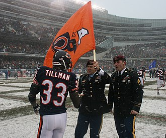 Charles Tillman - Tillman with Medal of Honor recipient Salvatore Giunta in 2010