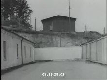 Fil:Flossenbürg concentration camp newsreel.webm