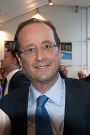 François Hollande en septembre 2011 grand gagnant du second tour et Martine Aubry en 2010.