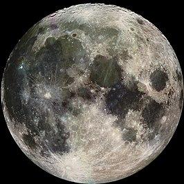 De maan gefotografeerd door de ruimtesonde Galileo