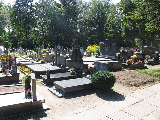 Plik:Gdynia Mały Kack, cmentarz.jpg