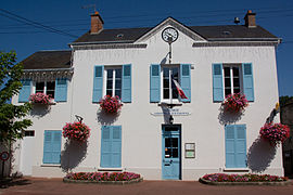 The town hall in Gironville-sur-Essonne