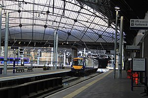 Glasgow Queen Street railway station - Glasgow Queen Street main concourse (Electrified)